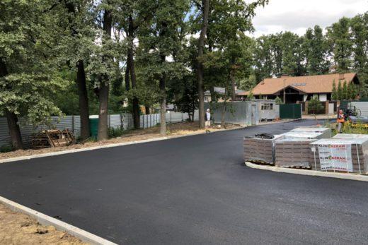 Работы по благоустройству территории в коттеджном поселке Park House